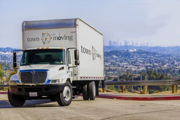 Town Moving, Los Angeles