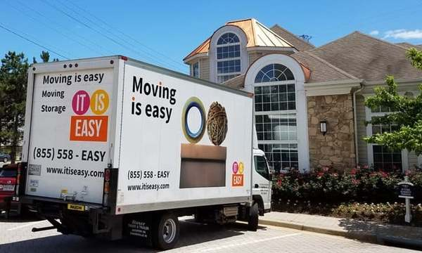 Moving is Easy, Chantilly